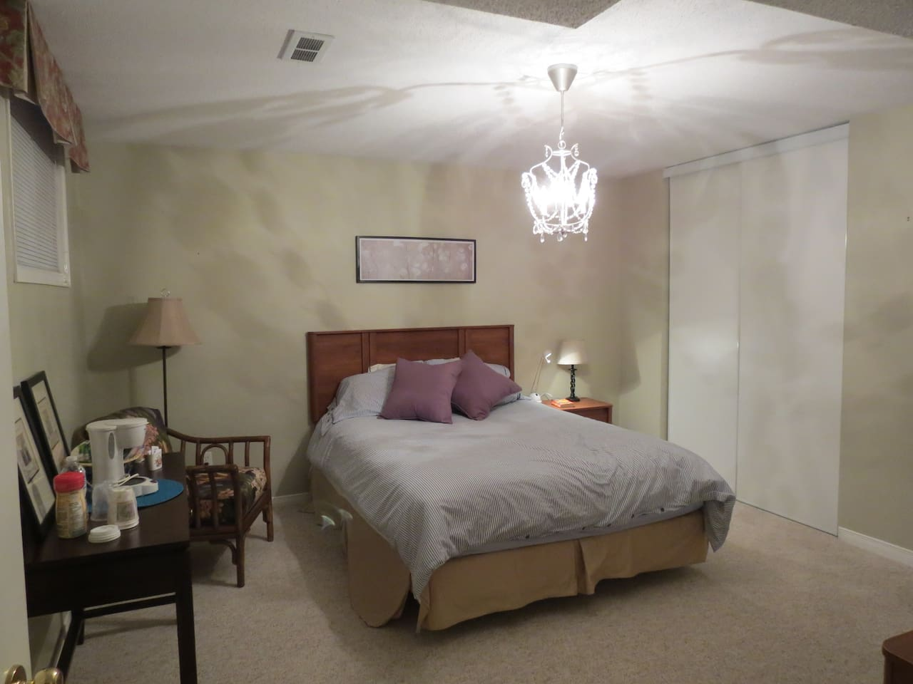 Large Guest Room with Queen Bed, cozy and warm