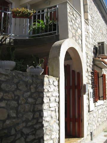 Beautiful Stone Villa  near the sea - Zadar - Hus