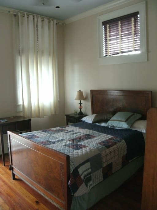 Queen size bed, solid wood floors