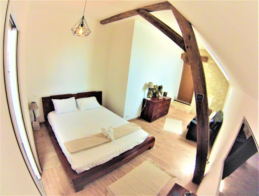 Chambre avec lit Queen Size 160x200