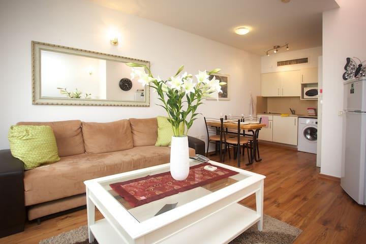 A Dream Vacation, Sun, Pool & Fun - Herzliyya - Apartment