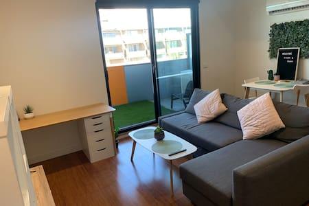 Modern Apartment w Garden Terrace - #1 Location