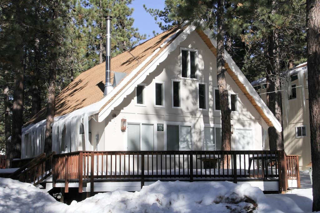 Heavenly cabin w karaoke hot tub cabins for rent in for South lake tahoe cabins near casinos