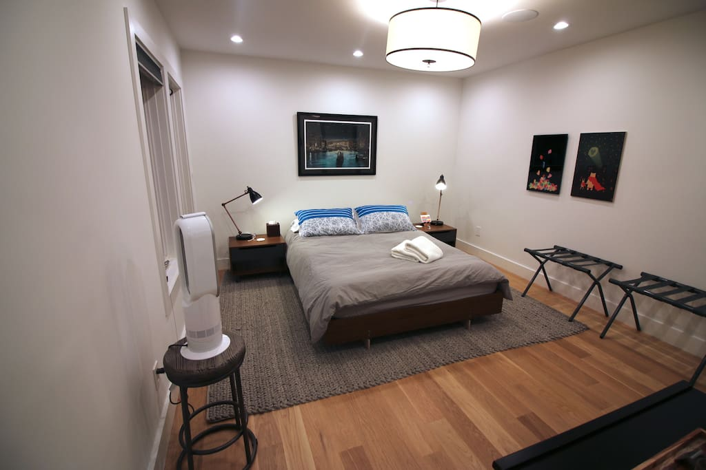 """""""David was a terrific host. My girlfriend and I stayed over the weekend and we enjoyed calling David's place homebase. We were notified of all necessary steps upon arrival and had a walkthrough of the all the home amenities."""" - Johnson"""