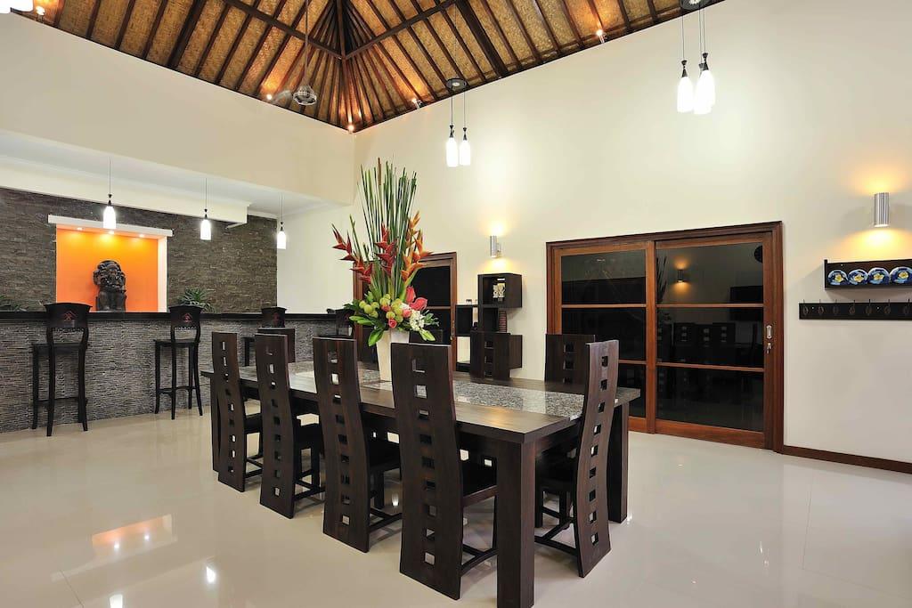 4 Bedroom Deluxe Family Villa