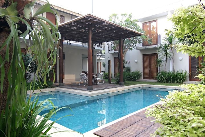 Chic Quarter Residence Room03 - Jakarta - Bed & Breakfast