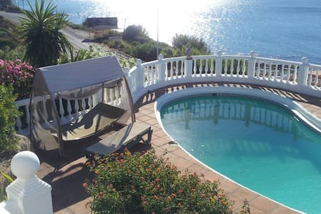 AMAZING HOLIDAY RENTAL IN SOTOGRANDE