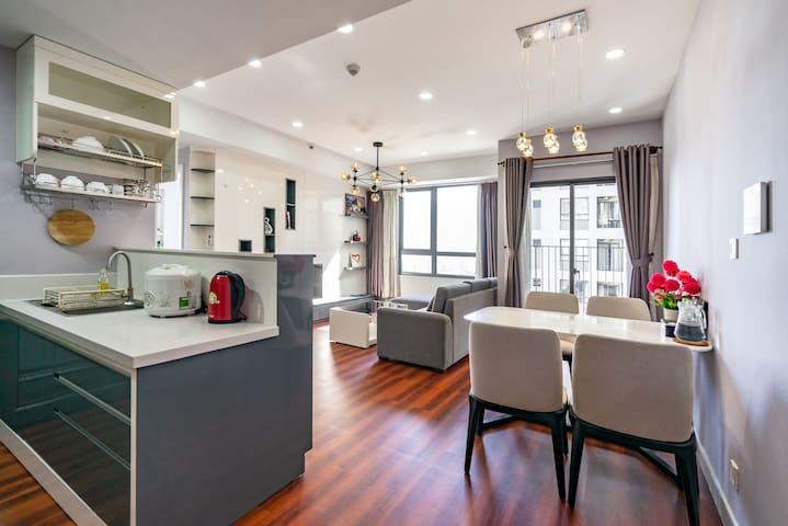 Luxury Apartment at Masteri Thao Dien, Floor 37