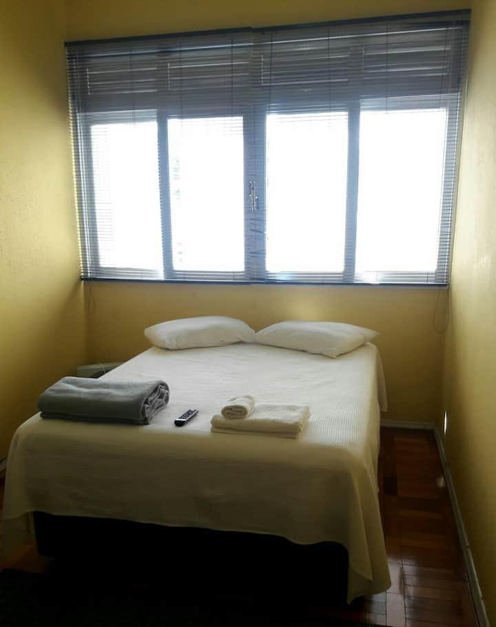 Confortável quitinete no centro de Nova  Friburgo