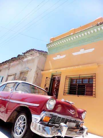 CASANARA B&B Comfort & charming ambience! - Santiago de Cuba - Oda + Kahvaltı