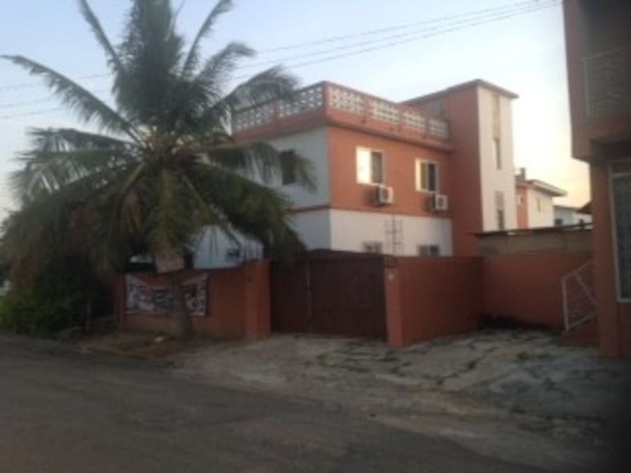 Distance view of property. walking distance away from the beach. proximity to town, Embassies and airport.
