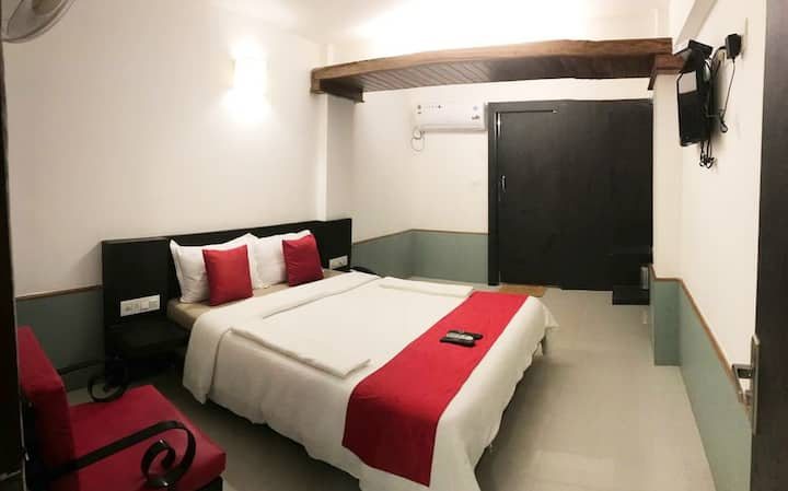 Budget happy stay Close to Calangute Beach RC