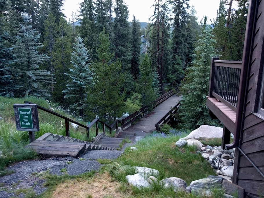 Dog friendly 3br house on the snake river cabins for for Keystone colorado cabins