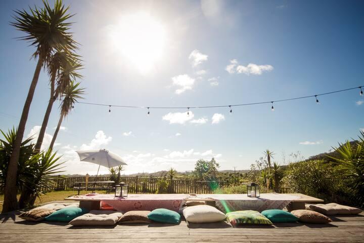 THE BACH, Coast Retreat Muriwai Beach - Muriwai - House
