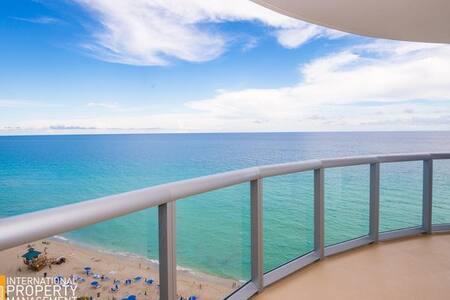 1 bedroom apartment ocean frontview - Sunny Isles Beach - Apartment