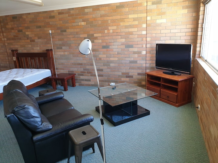 Gunnedah Rentals Spacious Studio Apartment