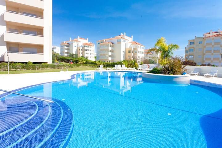 1bedr Apt Swim Pool Near Beach B Apartments For Rent In Portim O Faro District Portugal
