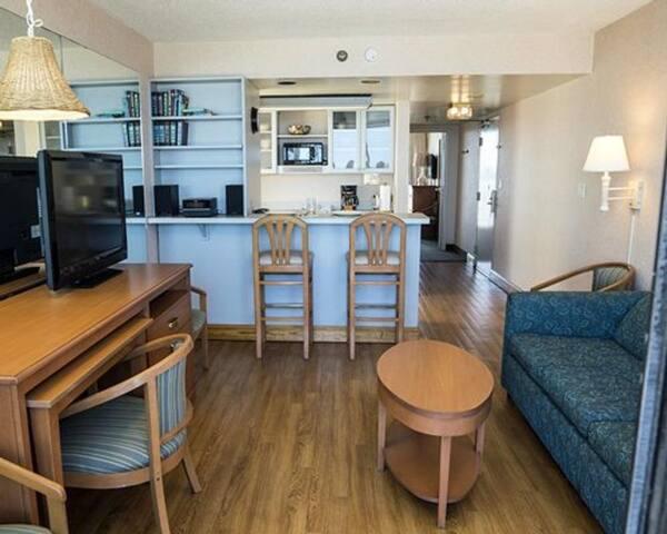 Four Sails Resort - 1 Bedroom