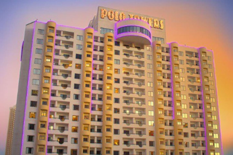 Polo Towers 2 Bedroom Suite Polo Towers Suites Villas Resorts Villas For Rent In Las Vegas
