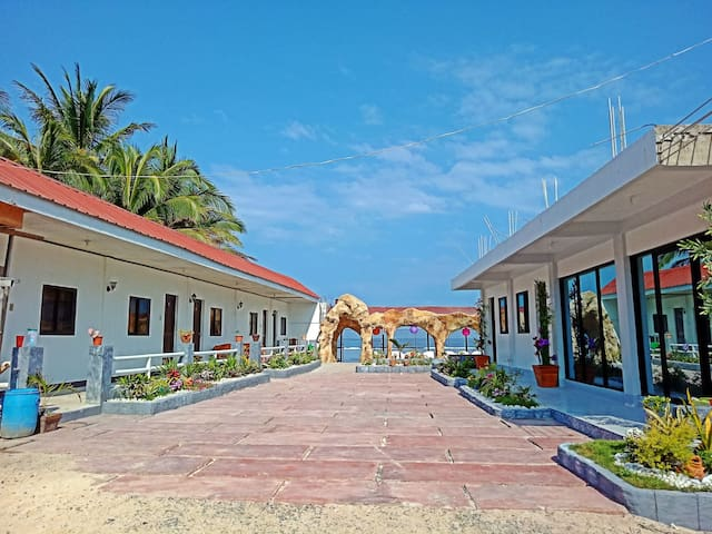 3L Resort w/mini pool Room 4