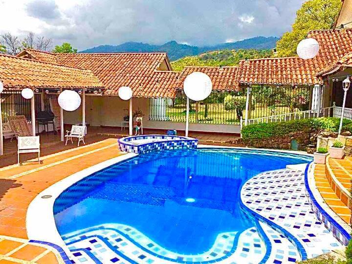 Finca familiar con piscina privada