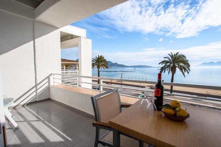 Bright Apartment Sivella Directly on the Beach with A/C, Sea View & Balcony; Parking Available