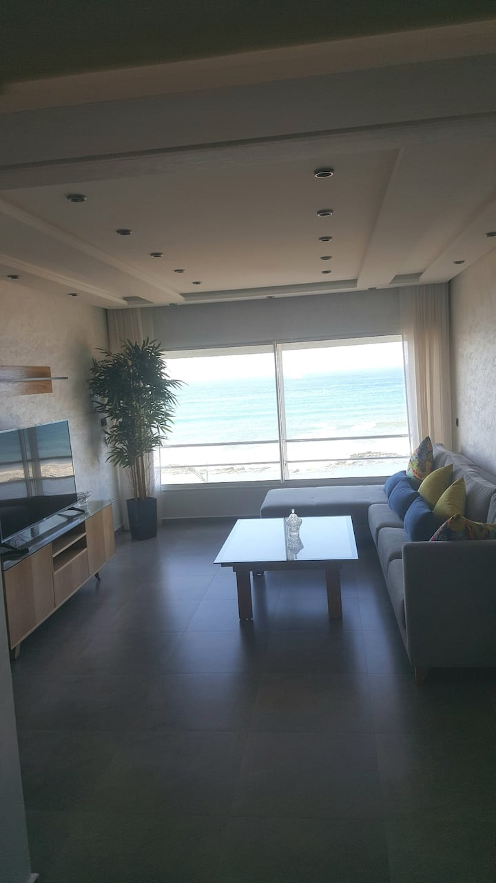 New apartment with the most impressive sea view!