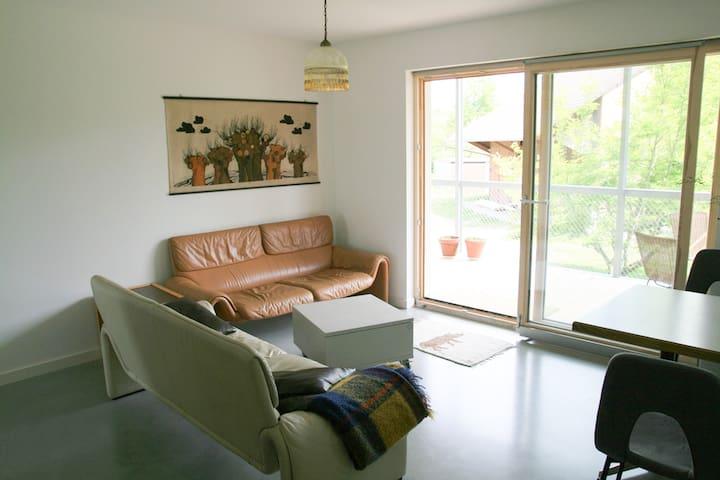 Ferien am Wolfsbach, (Lindau am Bodensee), Ferienwohnung II, 60qm, 2 Schlafzimmer, max. 4 Personen
