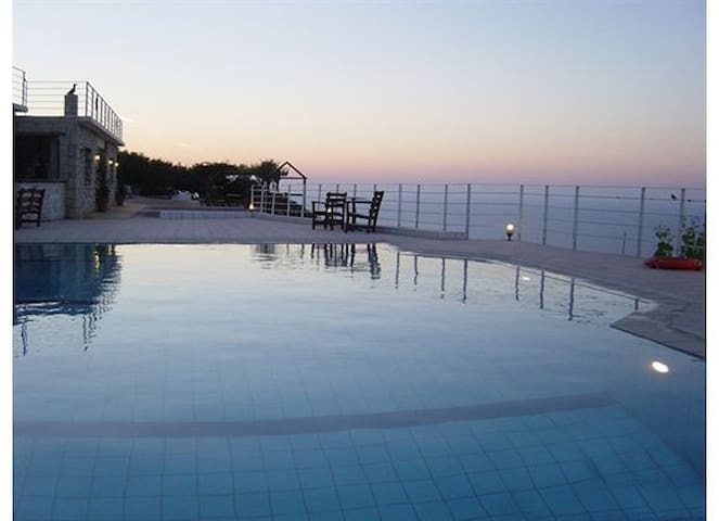 Apartments | Swimming pool & View - Agia Pelagia - Apartment