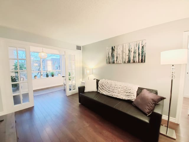 Spacious Stylish  Condo in Downtown North York