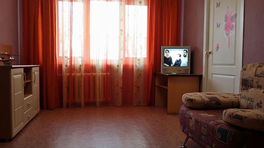 Апартаменты на Севастопольской. Выставочный зал.