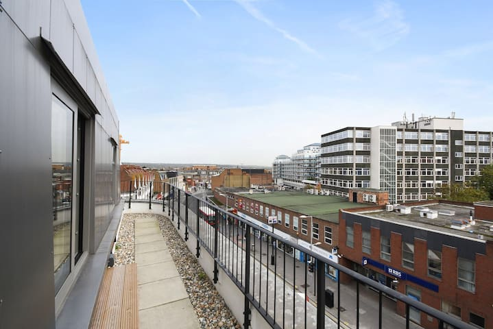 Brand new high tech penthouse flat - Harrow - Apartamento