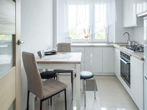 Stylish apartment 15 minutes from the beach