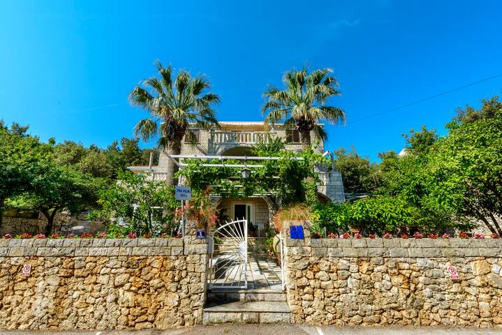 Two Palms House - Dubrovnik - Hus