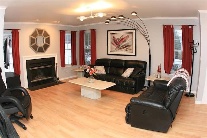 Luxury 2-Bedroom Duplex
