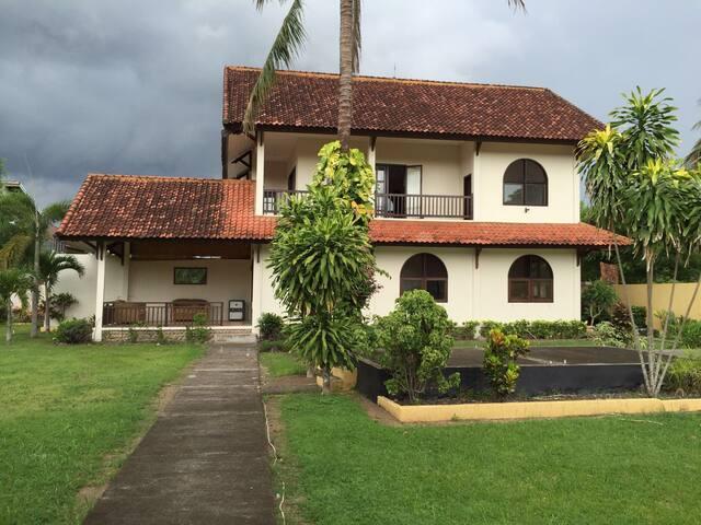 Villa Davin - Kabupaten Lombok Barat - Villa