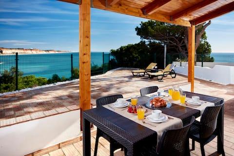 Villa avec vue incroyable sur l'océan