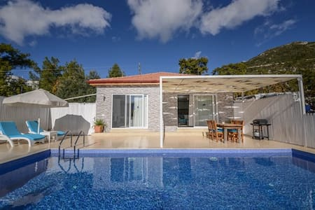 1 Bed Villa,Sheltered and invisible from outside - Kaş - Villa