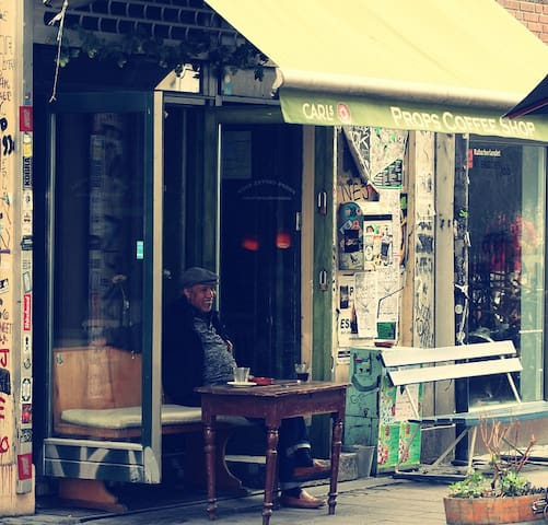 Props café - apart from the usual coffee offers - you can buy the vintage furnitures