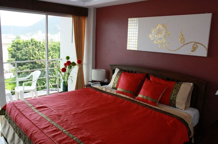 Nice rooms and breakfast in Patong
