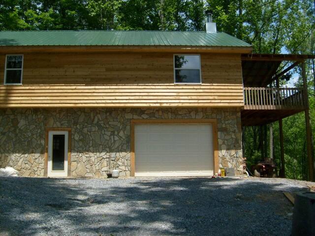 Jeffs' Cabin - Roan Mountain