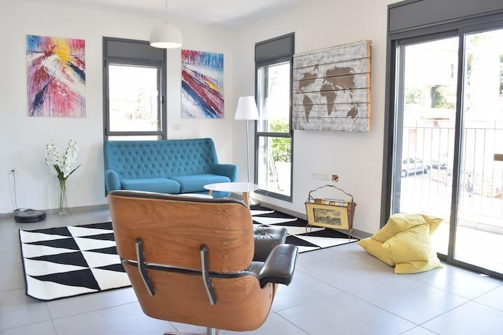 Jaffa Designed Duplex Room 1