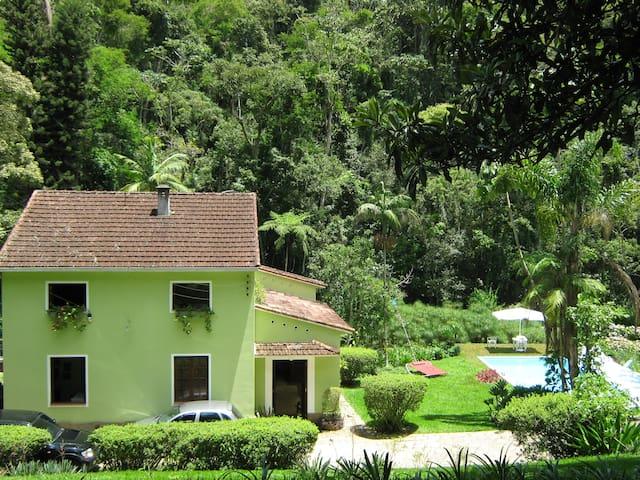 Amazing house in Teresópolis.  - Teresópolis - Huis