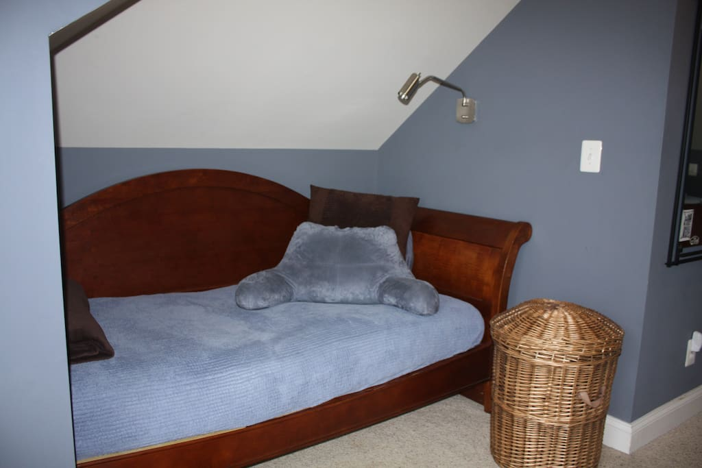Use the twin bed for sleeping or as a relaxing daybed