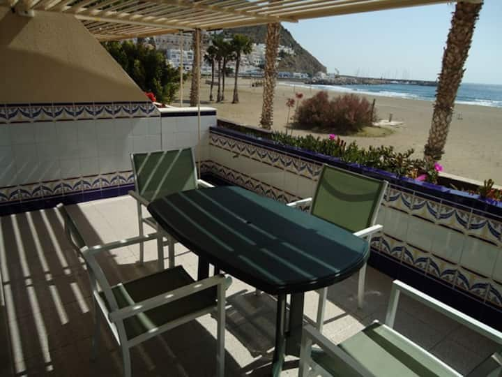 Apartamento en la playa de San José-psb. wifi