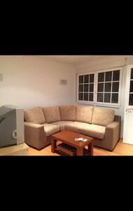 Kleines Apartment mit Meeresblick - Combarro - Casa