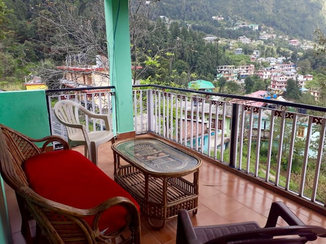 Quiet Dharamkhot Apartment - Great Location!