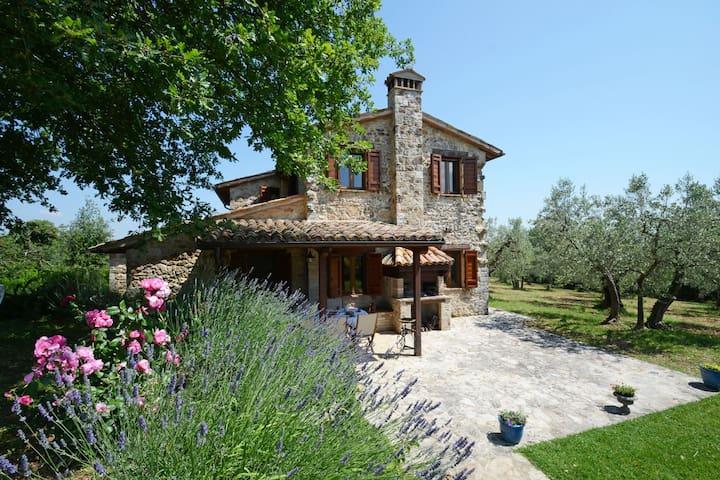 CASALE DEI BOMBI 8, Exclusivity Emma villas - Province of Perugia - Vila