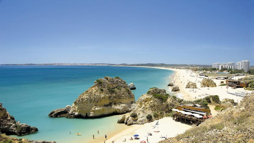 Great location on Alvor beachfront