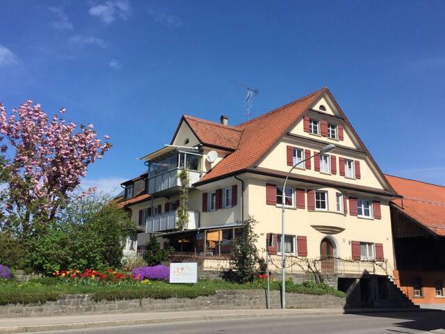 Hier kann der Urlaub am Bodensee beginnen...DZ